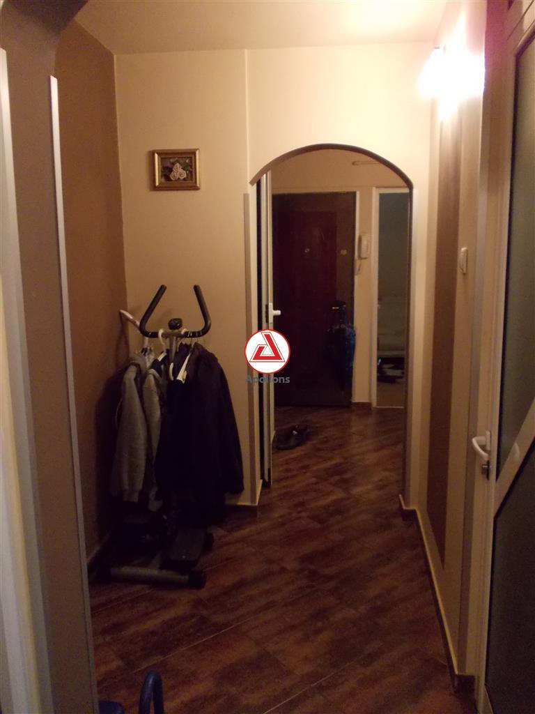 Vanzare apartament 3 camere in Ploiesti, zona Cantacuzino