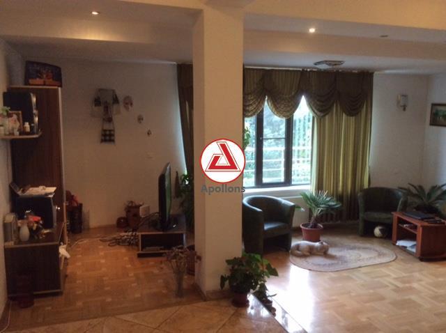 Vanzare Vila  cocheta 5 camere,teren 600 mp