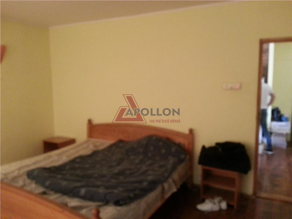 Vanzare apartament 3 camere Calea Vitan