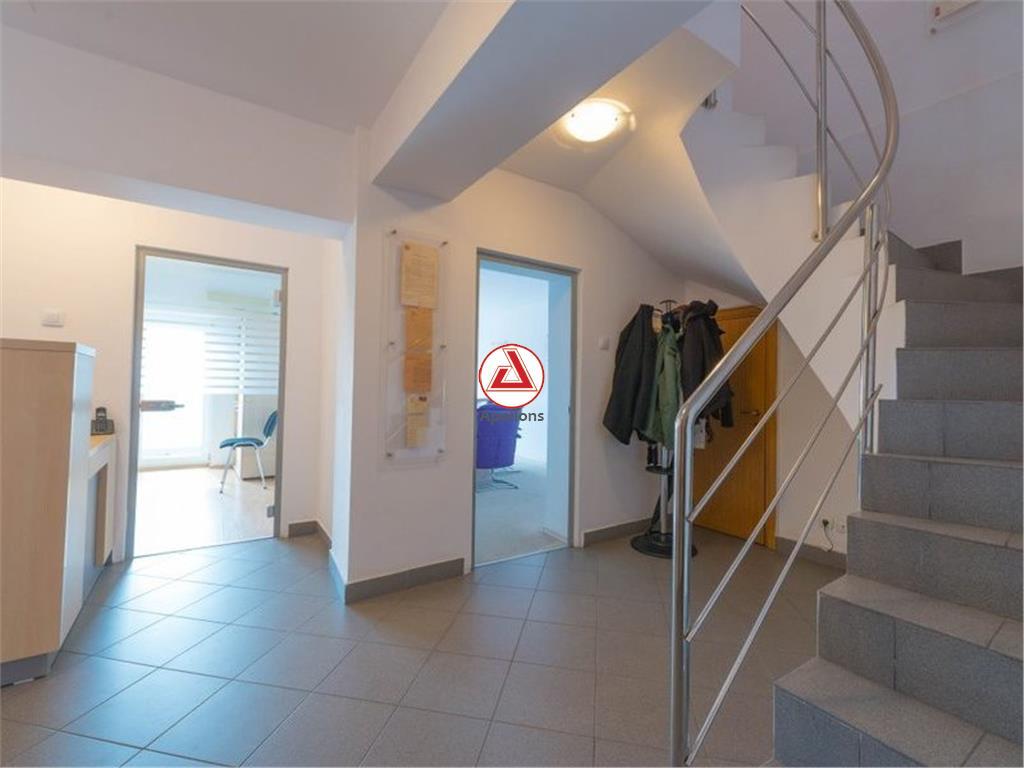 Vanzare duplex 5 camere Bulevardul Unirii
