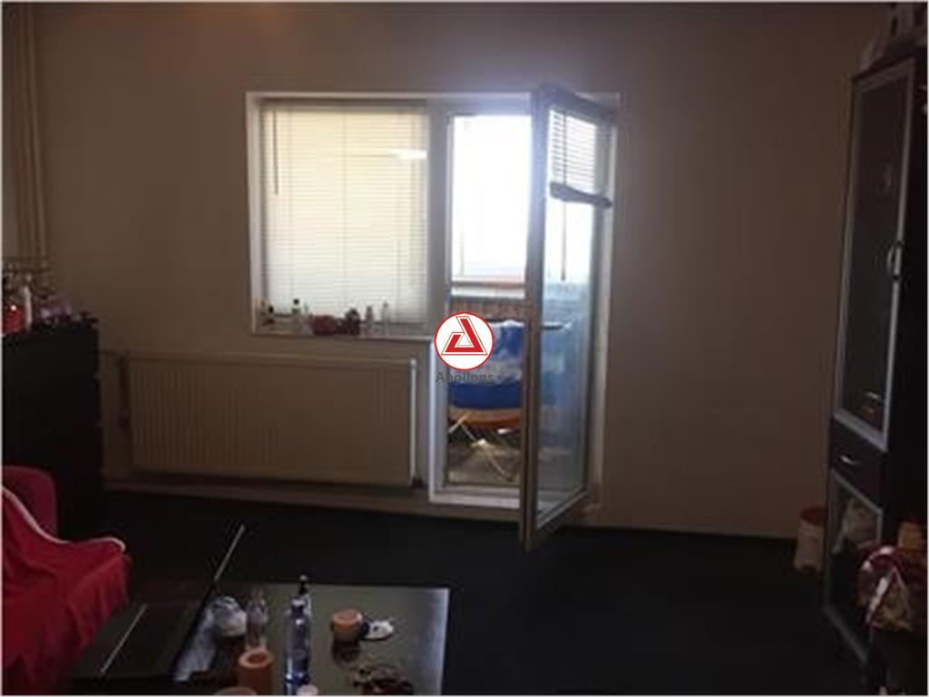 Vanzare apartament 2 camere, 13 Septembrie  Prosper, bloc reabilitat