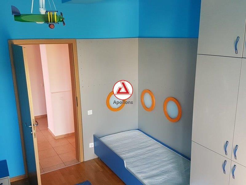 Domenii, Duplex in constructie 2005, facilitati de lux
