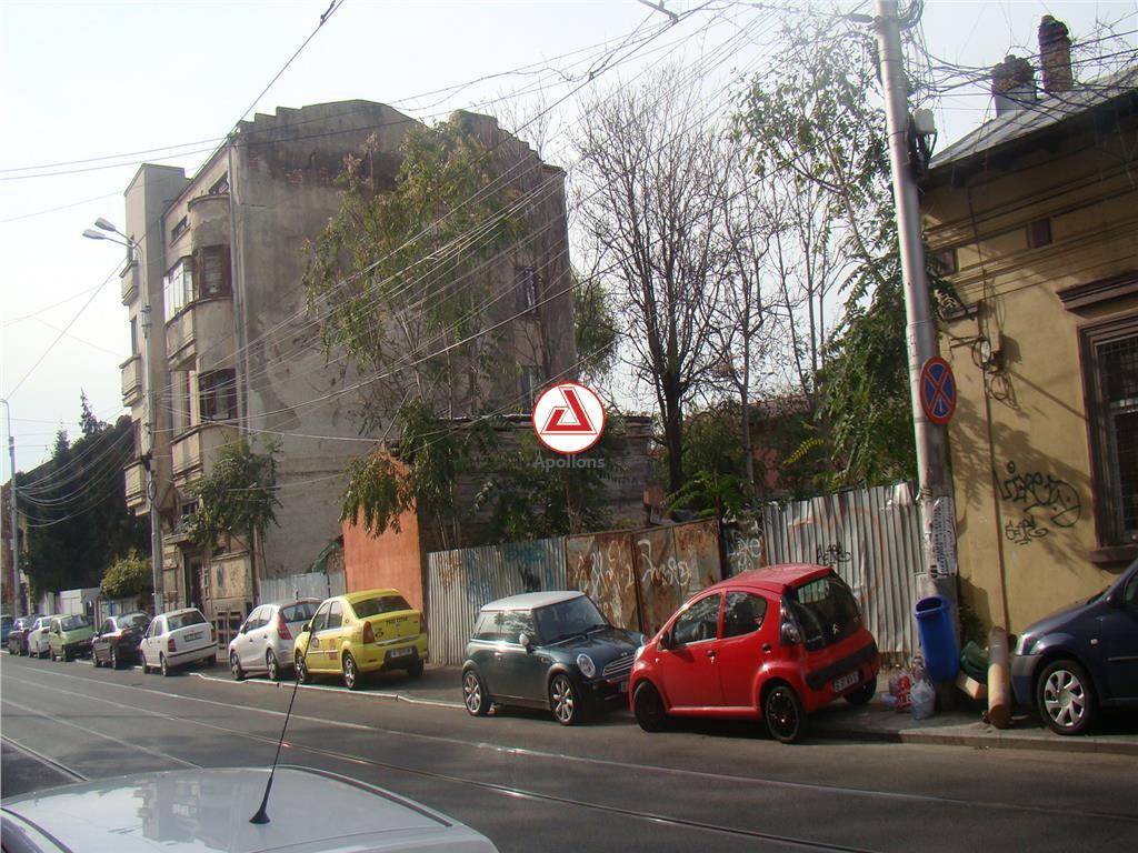Eminescu Dacia, teren pentru P+5E
