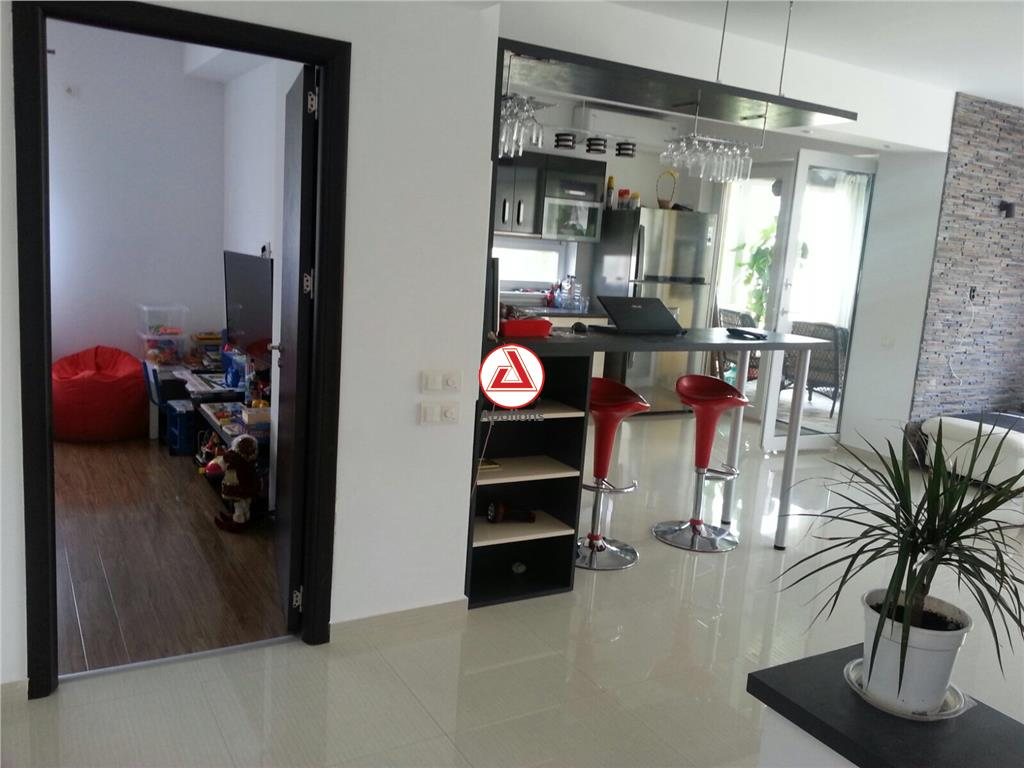 Vanzare Vila eleganta Prelungirea Ghencea, mobilata si utilata