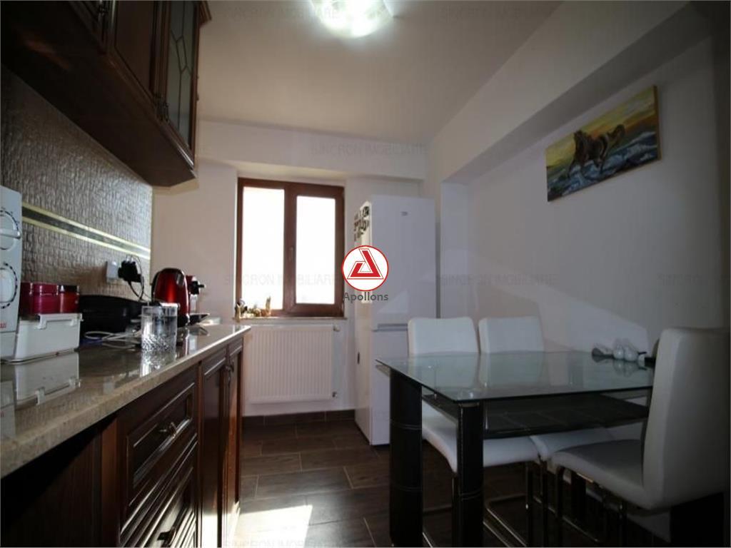 Vanzare apartament 3 camere Pta Alba Iulia