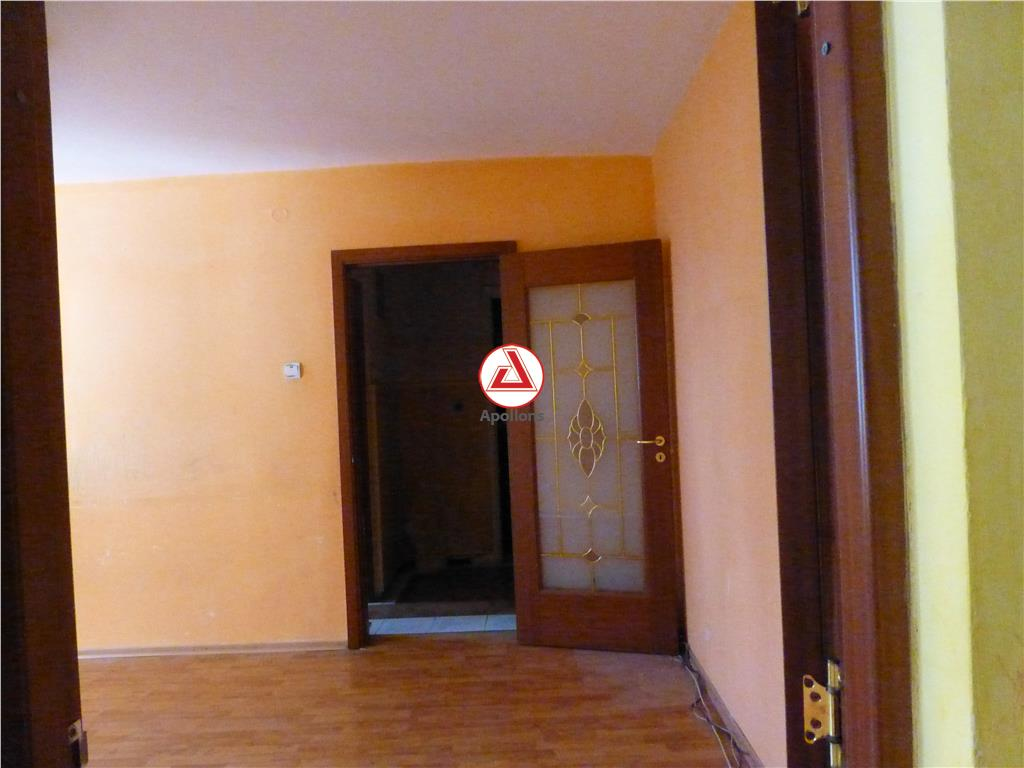 Vanzare Apartament Zimbru, Bacau
