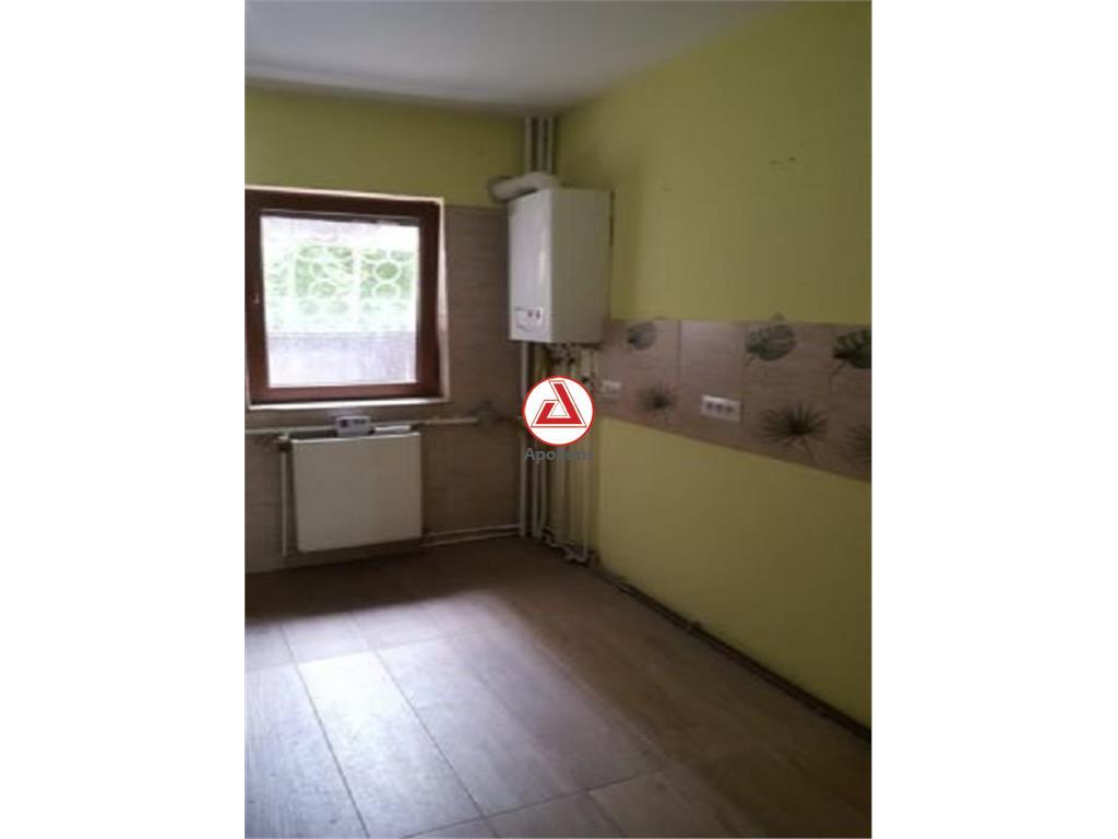 Vanzare apartament 4 camere Nerva Traian