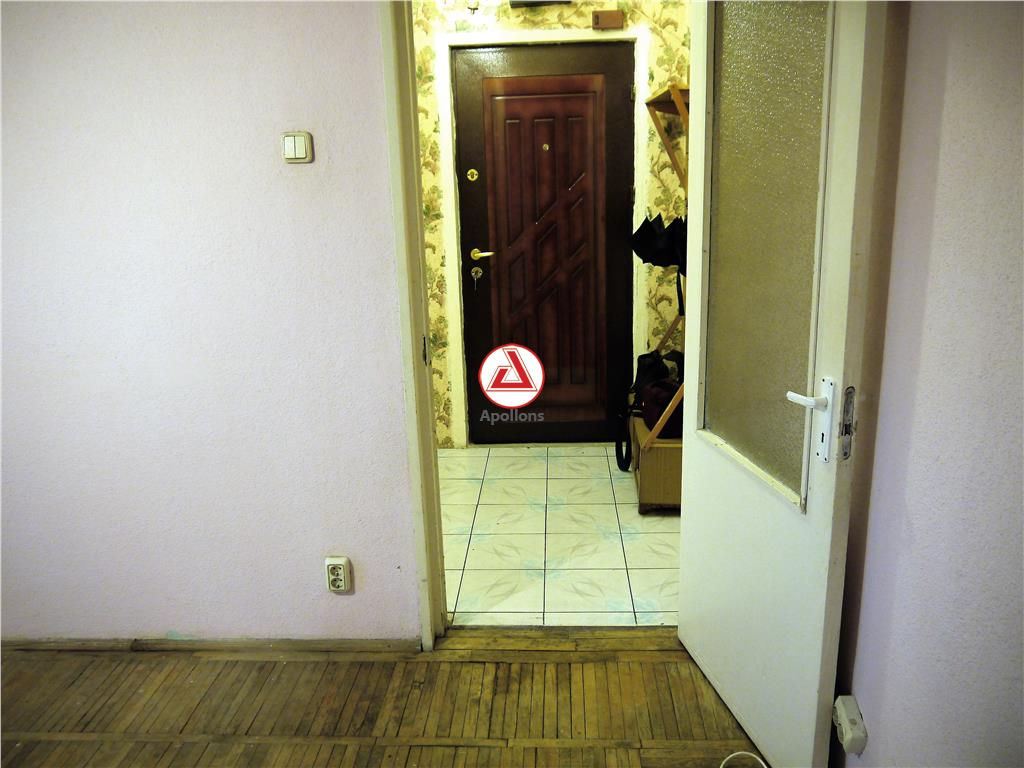 Apartament 2 camere semidecomandate, langa biserica Sf. Dumitru