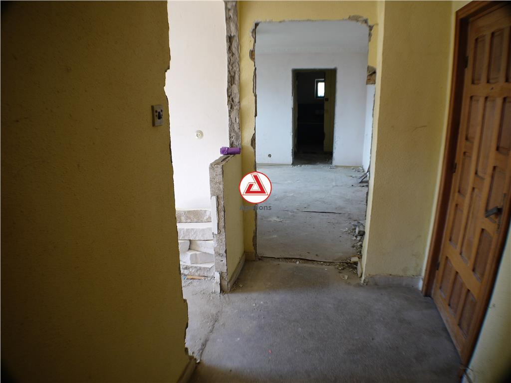 2 camere  semidecomandate, et.I, Neagoe Voda, Bacau
