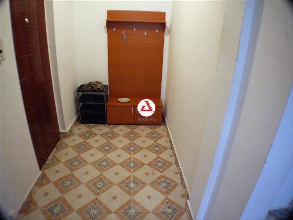 3 camere decomandate, Republicii (URA), Bacau