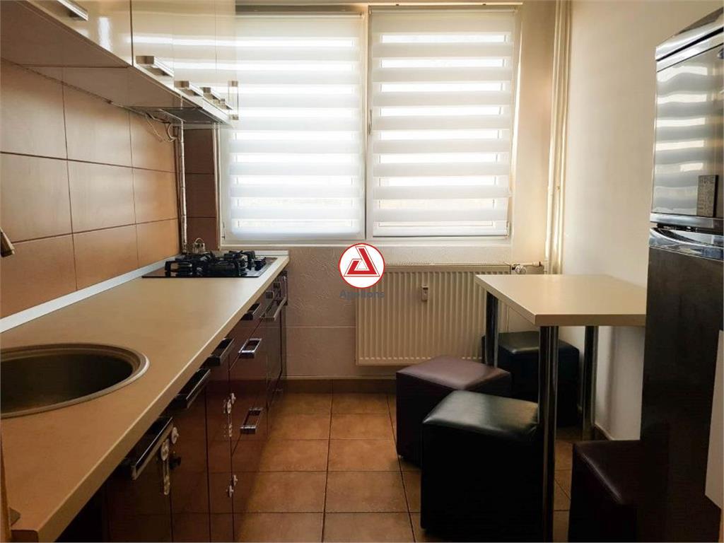Apartament 3 camere Constantin Brancoveanu