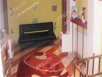 De vanzare apartament 3 camere in Bacau, zona Banca Nationala