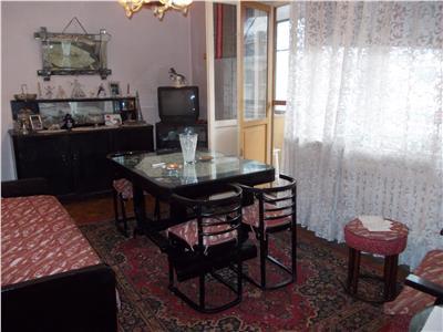 Vanzare apartament 3 camere in Ploiesti, zona Ultracentral