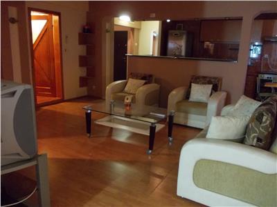 Inchiriere apartament 3 camere in Ploiesti, zona Enachita Vacarescu