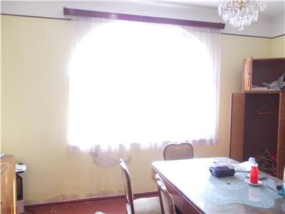 Vanzare casa in Ploiesti, zona centrala