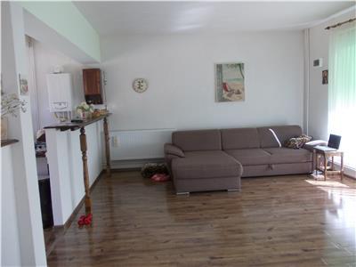 Vanzare casa 3 camere in Ploiesti, zona Republicii