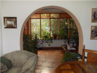 Vanzare vila 5 camere in Ploiesti, zona Democratiei