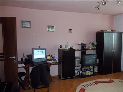Vanzare apartament 2 camere in Ploiesti, zona Vest