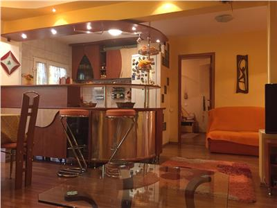 Vanzare apartament 4 camere in Ploiesti, zona Ultracentral