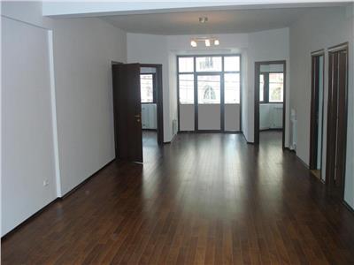 Inchiriere Apartament 4 camere  decomandate Lascar Catargiu, Bucuresti