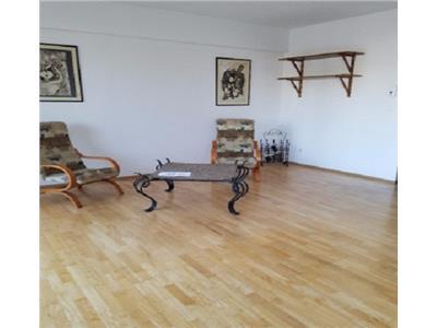 Vanzare apartament 3 camere Delea Veche