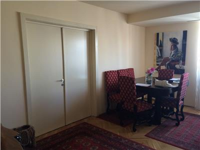 Vanzare apartament 3 camere, renovat, Universitate, Bucuresti