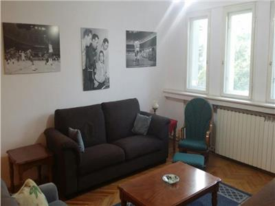 Oferta de inchiriere in Bucuresti apartament superb, ultracentral, 3 cam decomandate