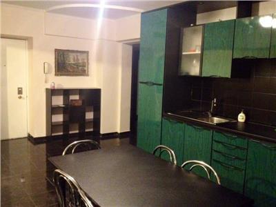 Vanzare apartament 3 camere Bulevardul Decebal
