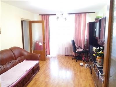 Vanzare apartament 3 camere Tineretului vedere catre Parc