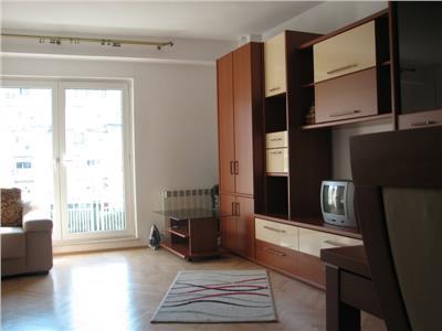 Vanzare apartament 3 camere P-ta Alba Iulia