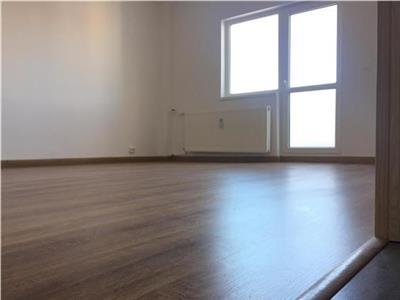 Vanzare apartament 3 camere, renovat recent,13 Septembrie - Prosper