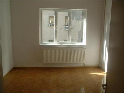 Dorobanti- ASE, apartament cu 4 camere, ideal locuinta/ birou
