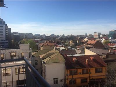 Vanzare apartament 4 camere zona Unirii Decebal