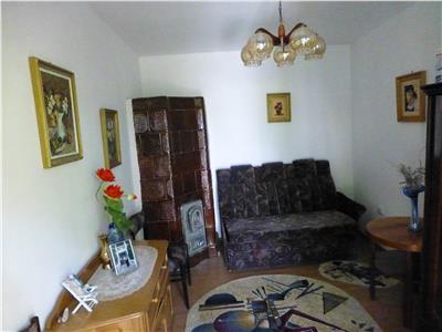 Casa 6 camere DULCESTI, Roman
