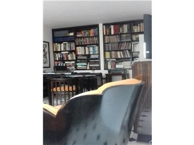 Vanzare Apartament 3 camere, Rosetti, blocul diplomatilor