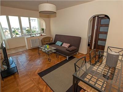 P-ta Victoriei, apartament cu 2 camere, ideal investitie