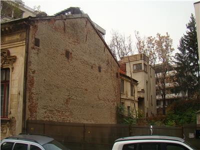 Pta Romana, teren pentru constructii