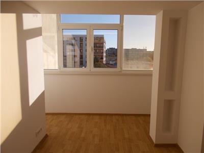 Vanzare Apartament 3 camere, P-ta Alba Iulia, investitie