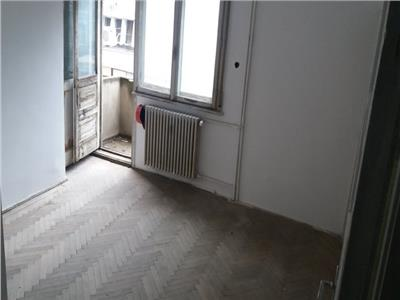 Vanzare Apartament 4 camere, Dorobanti, curte