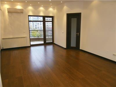 Vanzare apartament 3 camere P-ta Alba Iulia, Bucuresti