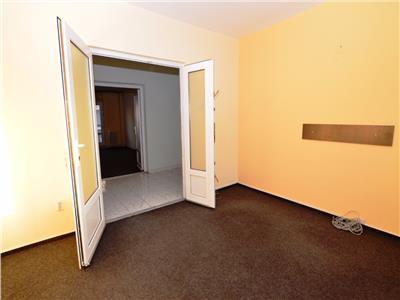 Vanzare apartament 5 camere Piata Unirii