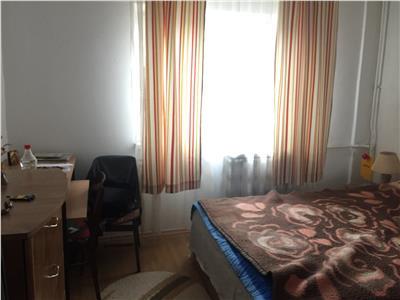 Vanzare apartament 3 camere, Drumul Sarii