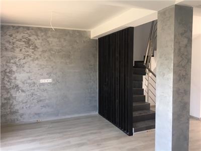 Duplex amplasare excelenta, pereti dubli, TVA inclus, comision 0