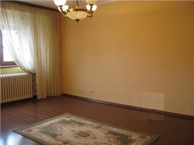 Vanzare apartament 3 camere Unirii Fantani