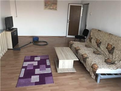 Vanzara apartament 3 camere Decebal stradal