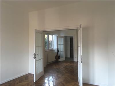 Apartament de vanzare 3 camere Cotroceni