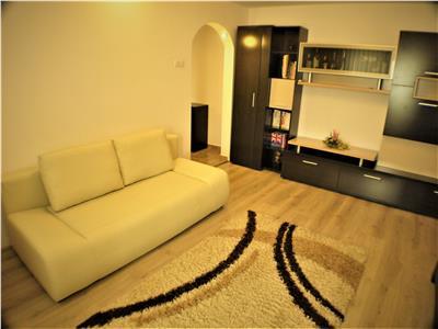Vanzare Apartament Lic. PTTR, Bacau.
