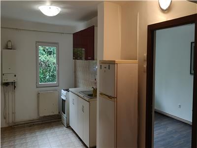 Inchiriere Apartament Cora, Bacau