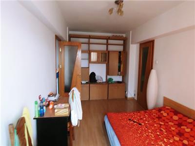 Inchiriere apartament 3 camere Metrou Obori