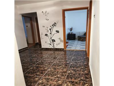 Vanzare apartament 3 camere decomandate, zona Mioritei, Bacau.